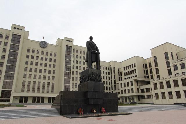 ミンスクのレーニン像