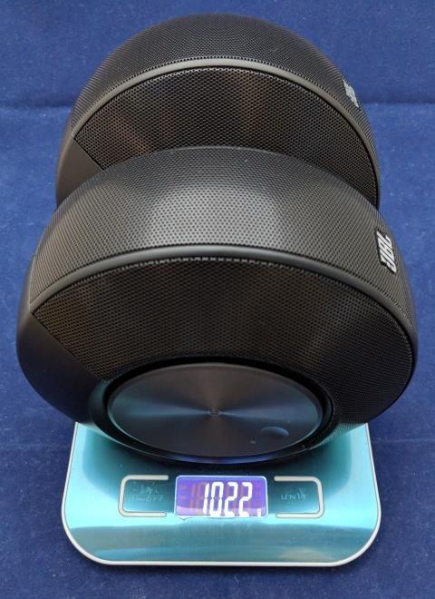 JBL Pebbles 重量