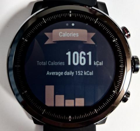 Amazfit Stratos画面: 1週間の消費カロリー