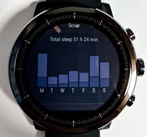 Amazfit Stratos画面: 1週間の睡眠データ