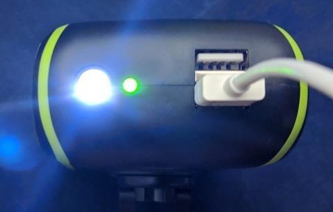 謎の白色LEDの点灯