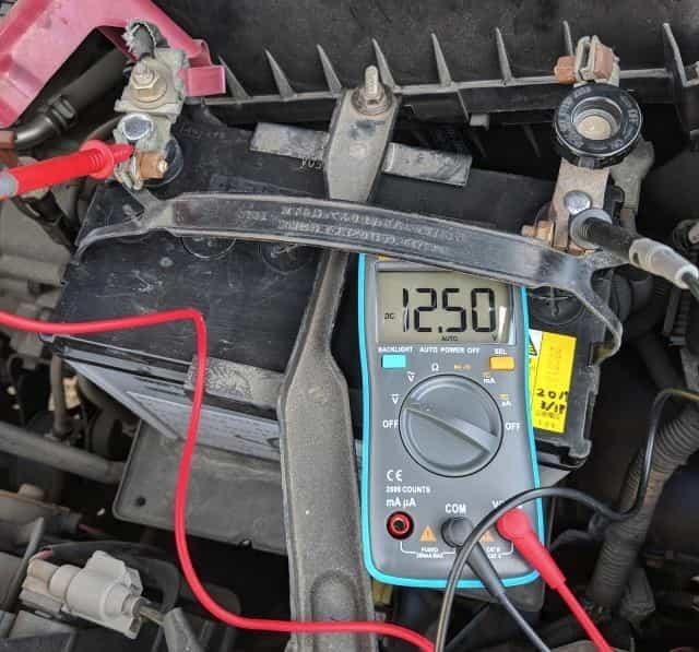 取り付け後の電圧