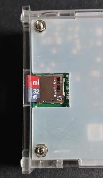 microSDカードの装着