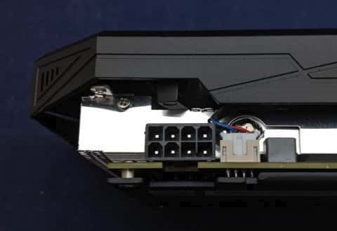 Colorful iGame GTX 1660 Ultraの補助電源コネクタ